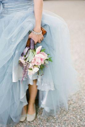 Irish wedding traditions blue dress weddingcandles.ie
